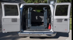 ford e350 2010 rear lift entry